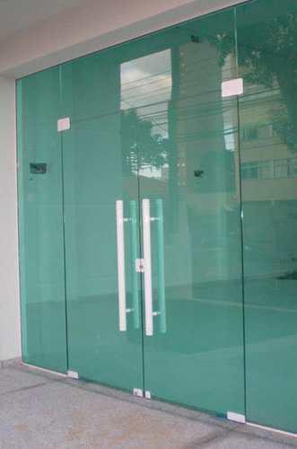 porta-pivotante-vidro-temperado-03